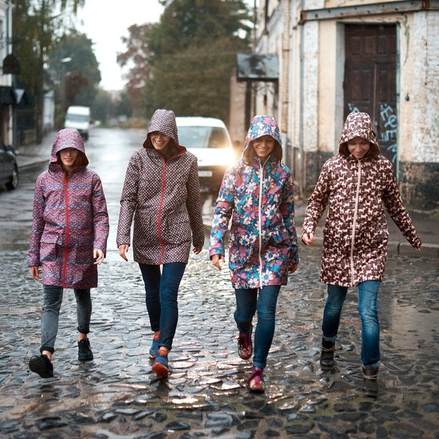 Вдягнутися по сезону: верхній одяг на осінь — Речі на The Village Україна