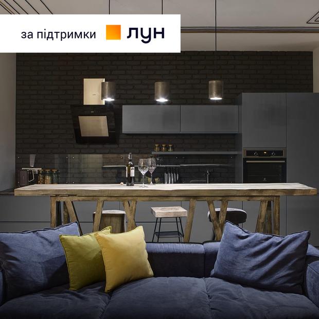 Склоблоки та пеньки в квартирі на Оболонській набережній  — Квартира тижня на The Village Україна