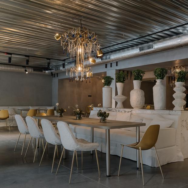 Ресторан «Редкая птица» на Бессарабці від власників «Хлібного» і Holy Burger — Нове місце на The Village Україна