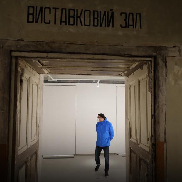 Подивіться на львівській артцентр, який відкритий у неоготичній кам'яниці XIX століття  — Львів на The Village Україна