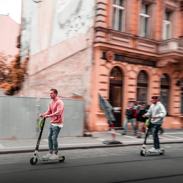 Bolt для велодоріжок чи тротуарів? Яким буде закон для електросамокатів