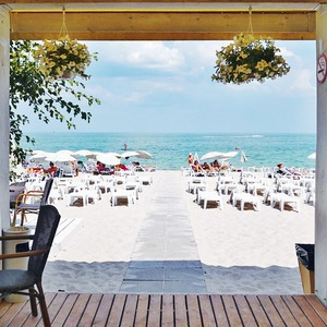 На песке: 5 пляжных клубов Одессы — Одеса на The Village Україна