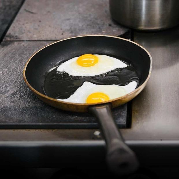 Як приготувати яєчню — Прості страви на The Village Україна