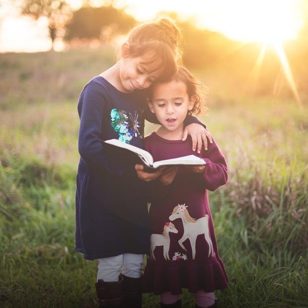 Як виростити дитину двомовною — Дитяче питання на The Village Україна