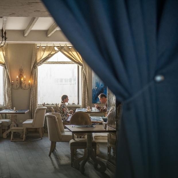 Zapah Soli на Саксаганського: ресторан, кафе і бар під одним дахом