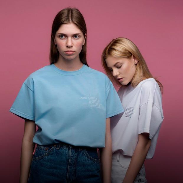 Права жінок на футболках Fashion AID  — Покупка тижня на The Village Україна