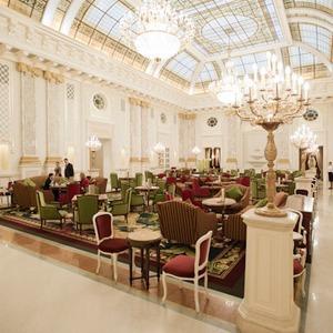 В Киеве открыли еще один пятизвездочный отель — Євро-2012 на The Village Україна