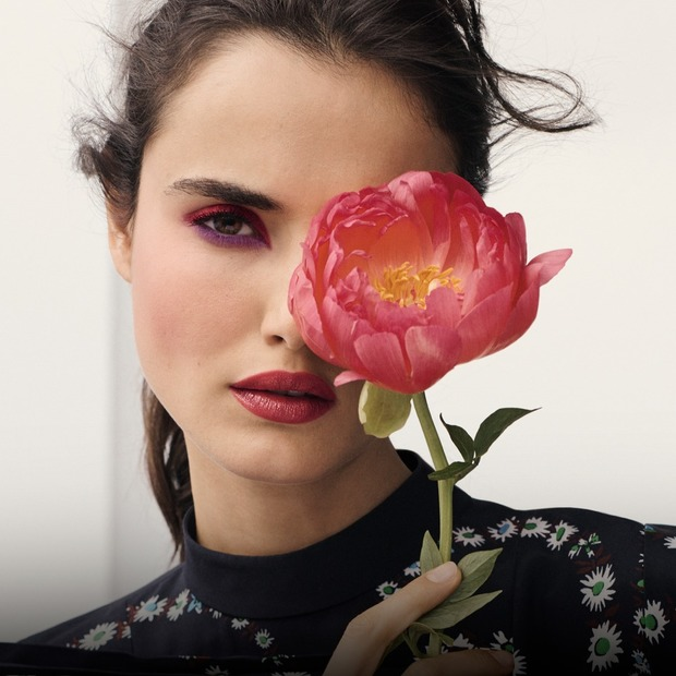 Який макіяж у моді цієї весни: 5 трендів і 15 засобів — Косметика на The Village Україна