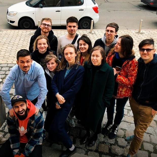«Смішно, провально, тупо». 6 історій про факапи The Village Україна