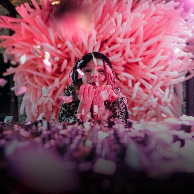 Як святкували повноліття «Кураж Базару» — Фоторепортаж на The Village Україна