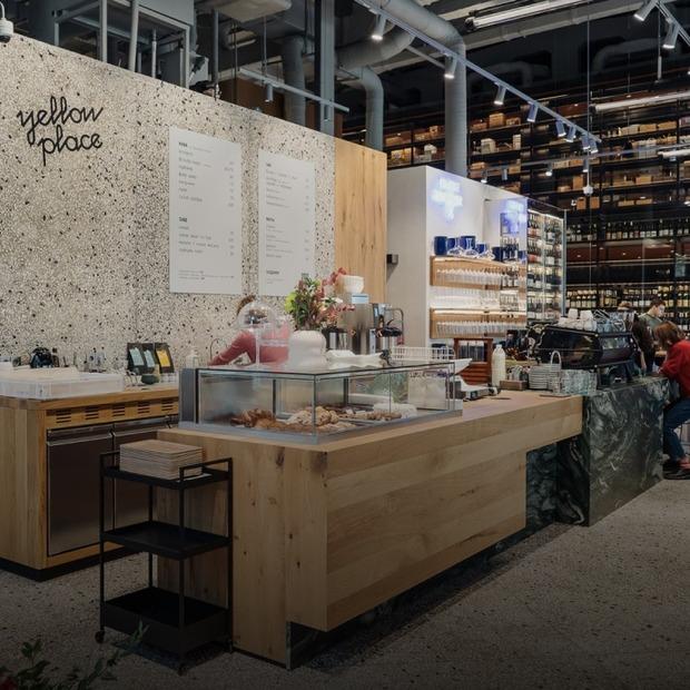 Хліб, кава і вино у гастрохабі Garage від власників goodwine у промзоні на Подолі  — Нове місце на The Village Україна