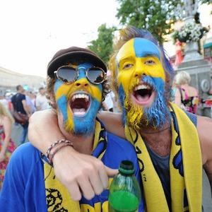 По домам: Шведы прощаются с Киевом — Євро-2012 на The Village Україна