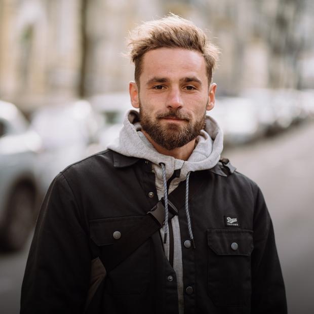 Саша Станкевич, 28 років, асистент режисера — Зовнішній вигляд на The Village Україна