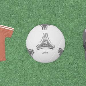 Вещи недели: официальные сувениры Евро-2012 — Євро-2012 на The Village Україна
