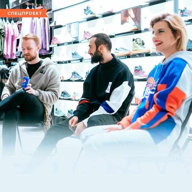 Модний батл: «Стильних людей рідко побачиш у речах з останніх колекцій»  — Спецпроекти на The Village Україна