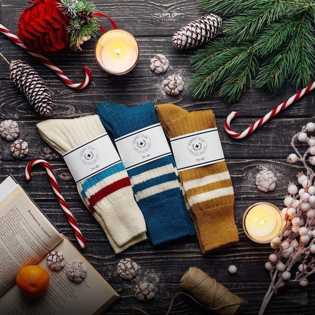 Ноги в теплі: 17 пар шкарпеток на зиму — Речі на The Village Україна
