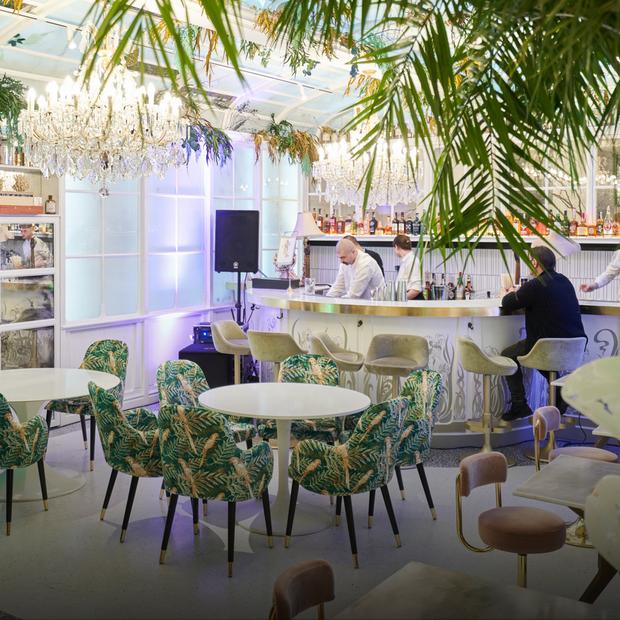 Ресторан Food Couture напроти костелу святого Миколая — Нове місце на The Village Україна