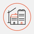 Будівництво клініки на Осокорках: звели стіни й каркас даху