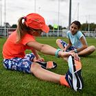 Знову до школи: як підібрати одяг для плавання, футболу та фізкультури