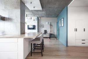 Квартира для молодого подружжя з домашнім офісом