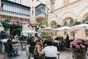 Ресторан Bernardazzi: найбільша винна карта країни в будівлі Одеської філармонії