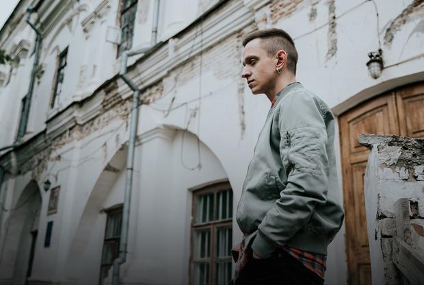 «Український письменник хоче грошей». Інтерв'ю з критиком Євгенієм Стасіневичем
