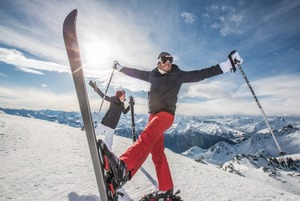 Новорічна all-inclusive відпустка в Альпах. Де зупинитися та що робити в разі локдауну?