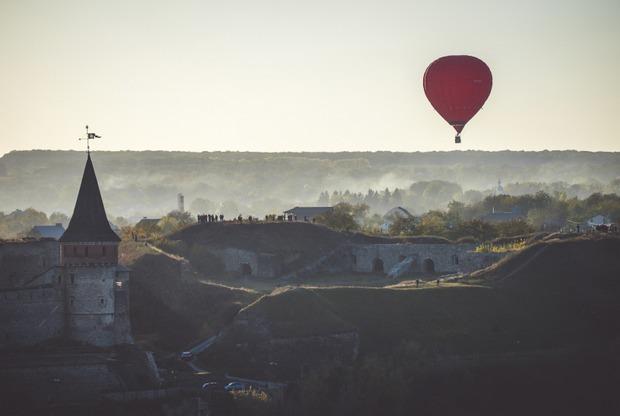 Відкриваємо Україну: куди поїхати автомобілем восени