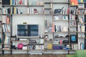 Де і як зберігати речі, якщо в квартирі мало місця