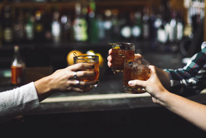 Як поєднати чай з алкоголем? 5 ідей для коктейлів від бару ZebraLounge