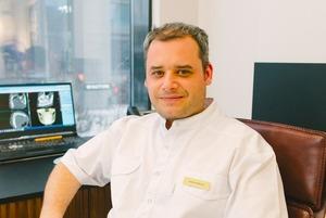 «Для мене ця справа – шлях усього життя»: як стоматолог Ярема Міклош побудував інноваційний бізнес
