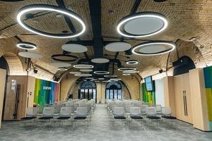 Фудхол, коворкінг та освітній центр: як змінюється завод «Арсенал»