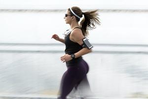 Чому бігати корисно і це не вб'є ваші коліна
