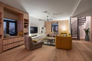 Три тераси в двоповерховій квартирі на Липках