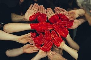 Медик, стоматолог і пастор: чотири TEDx-виступи про волонтерство