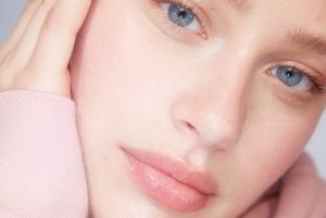 Незайві рухи: Чи потрібен вам масаж обличчя