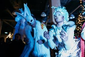 Ялинки, Санта і сніг: Різдво на «Кураж Базарі»