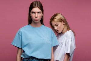 Права жінок на футболках Fashion AID
