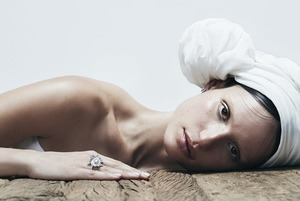 Українському Vogue – 5 років: навіщо йти на виставку  «Україна в моді»
