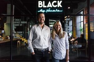 «Ми продавали каву з машин, а тепер відкриваємо мережу закладів»: історія Nuare