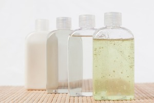 Чи треба змивати міцелярну воду?