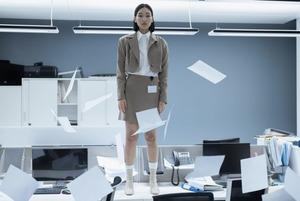 На роботі забороняють працювати на фрилансі. Це взагалі окей?