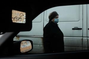 Камера спостереження. «Не виходячи з машини» – Єлизавета Букреєва знімає Київ у карантин