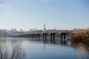 Міст Патона четвертий рік в аварійному стані. Що робити? І чи потрібен на ньому трамвай?