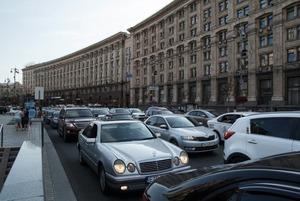 «Інтелектуальну транспортну систему» хочуть ввести в Києві. Що це таке (і чому це погана ідея)
