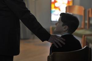 «Ви розумієте, проти кого пішли?»: дивимося фільм про розбещення неповнолітніх священиками