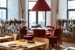 Борщ, сало, деруни: 5 нових ресторанів української кухні
