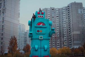 «Мода на Троєщину»: 5 кліпів, знятих у Києві у 2017 році