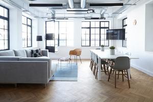 У чотирьох стінах: як розташувати меблі в кімнаті