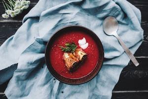 Три небанальні рецепти гарячих супів